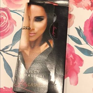 lily lashes